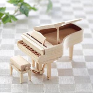 piano-wood